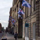Glasgower Tradeshall unter Vollbeflaggung